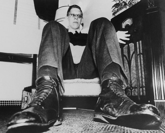 The Tallest Man In The World Robert Wadlow In New York On April 1937