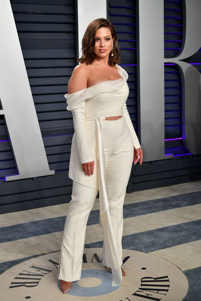 Ashley Graham attends the 2019 Vanity Fair Oscar Party hosted by Radhika Jones at Wallis Annenberg Center