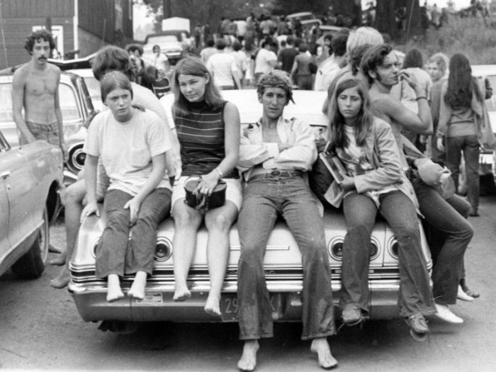 https://cdn.dailytimewaste.com/wp-content/uploads/2021/02/Woodstock-kids-700x525.jpg