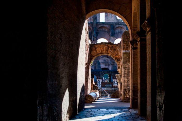 Colosseum Backstage